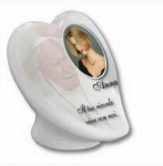 GROUND HEART CERAMIC MEMORIAL PLAQUES CT03